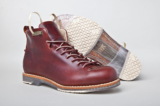 Hiker X-Ray Ox Blood by Feit